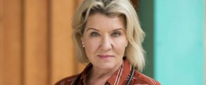 Prisoner Cell Block Hfans won't want to missHollyoaksnext week, as Amanda Muggleton makes a cameo appearance on the soap. Digital Spycan exclusively confirm that Amanda has landed the role of...
